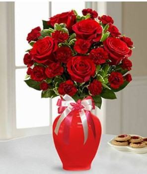 Red Beauty Bouquet