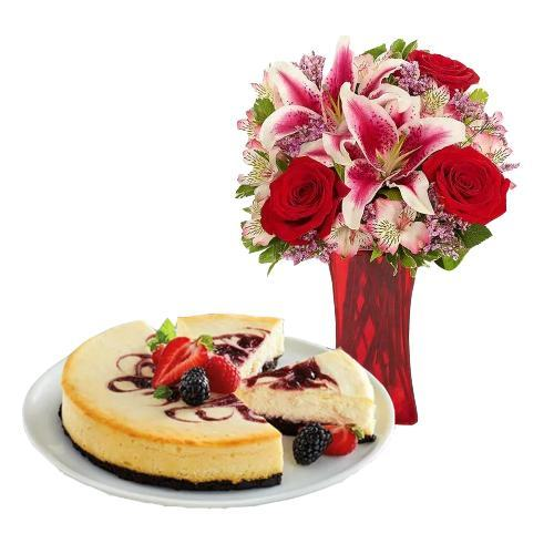 Berry Chocolate Cheesecake with Mix Bouquet