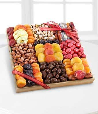 Premium Snacks Dried Fruit, Nuts & Sweets Tray
